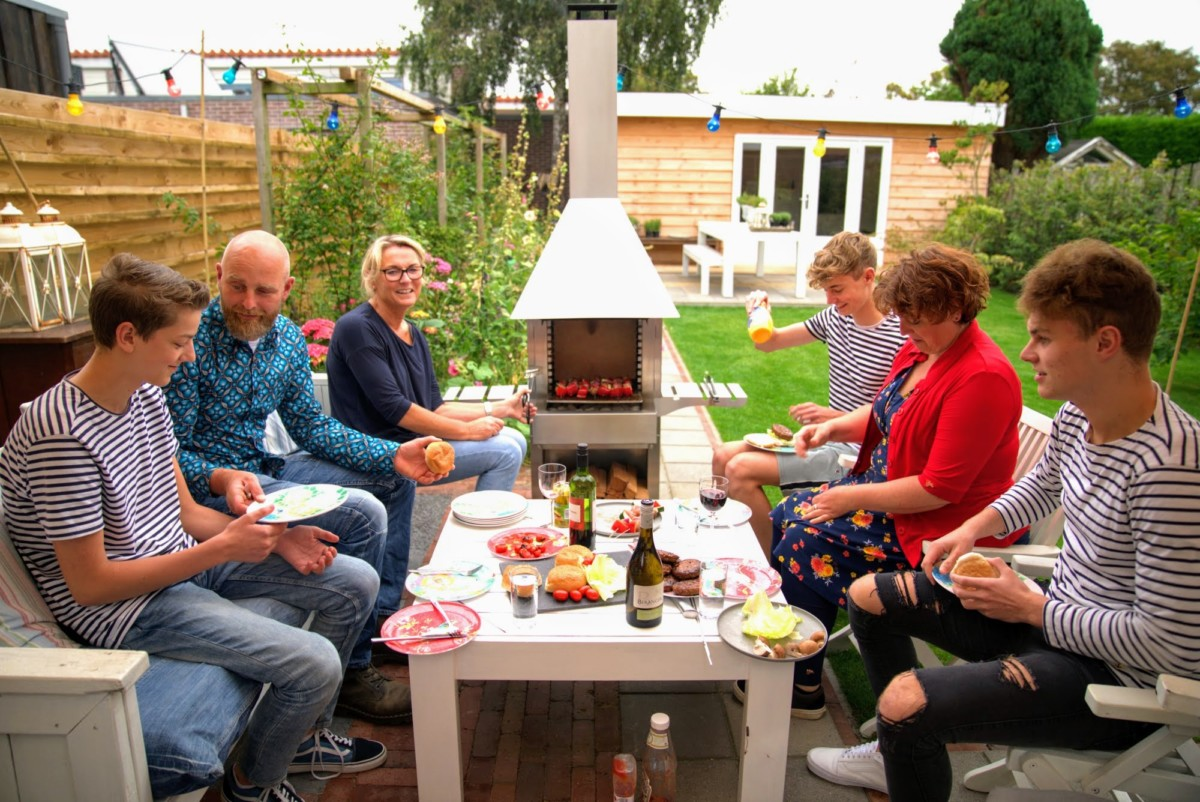 Gezellig rond de barbecue